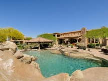 8400sf *Mansion w/ 9 holes of mini golf.. Sleeps 24.. N.Scottsdale / Cave Creek / EB1411742304