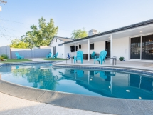 Luxury Old Town Scottsdale Home w/Pool & Limo Ride